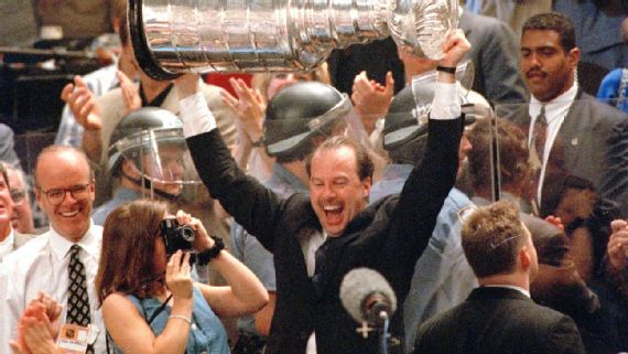 Mike Keenan - NHL Coach, and an original Nik performer at St. Lawrence University in Canton, NY